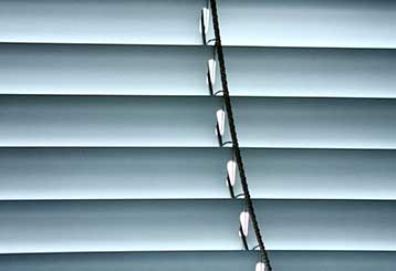 East-to-use Venetian Blinds | Master Blinds